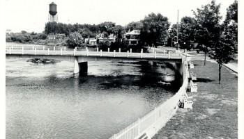 Le pont et la rive