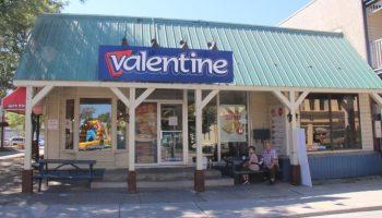 Autrefois le Valentine, avant un commerce de fruits et légumes