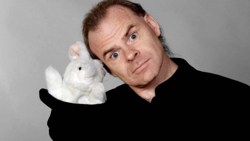 Spectacle de magie avec Jean Deshaies le magicien de l'humour
