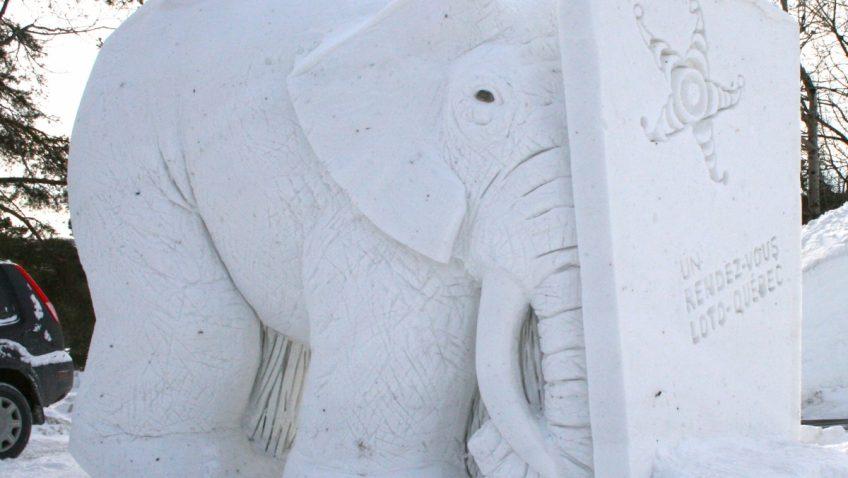Concours de sculptures sur neige pour les citoyens de Farnham